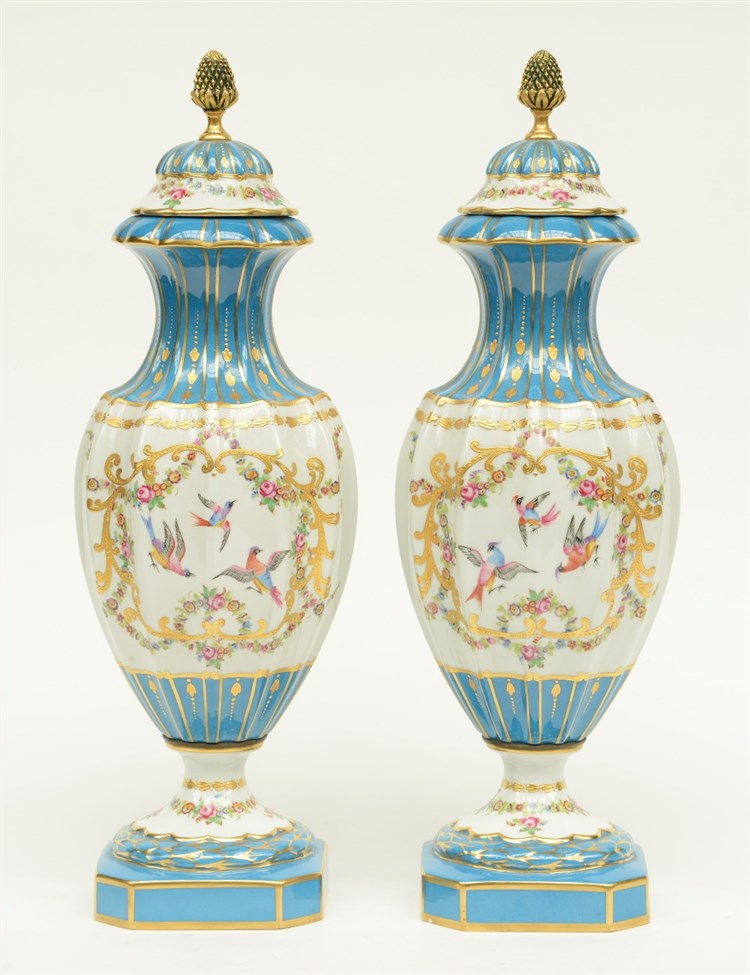 A pair of neoclassical vases and covers in the Sèvres style, bleu céleste g