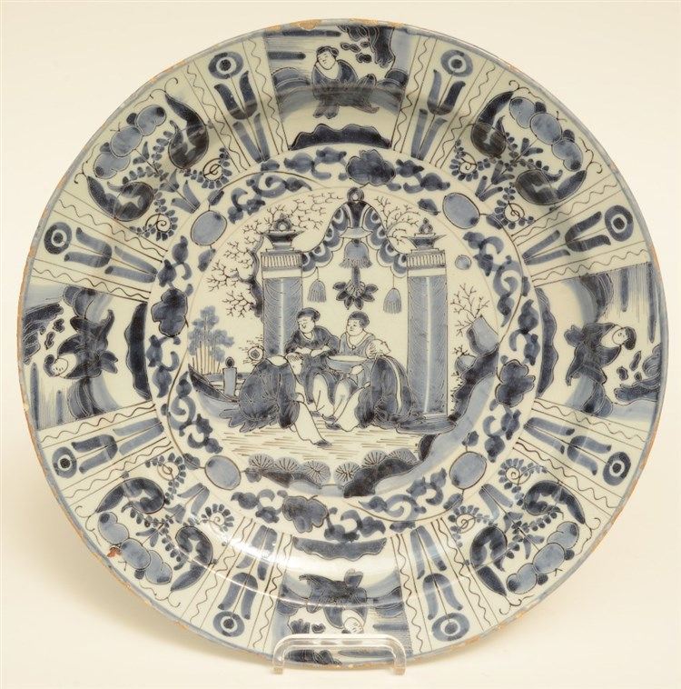 A 18thC Dutch Delftware Wanli plate, blue and white decorated, H 5,5 - Diam