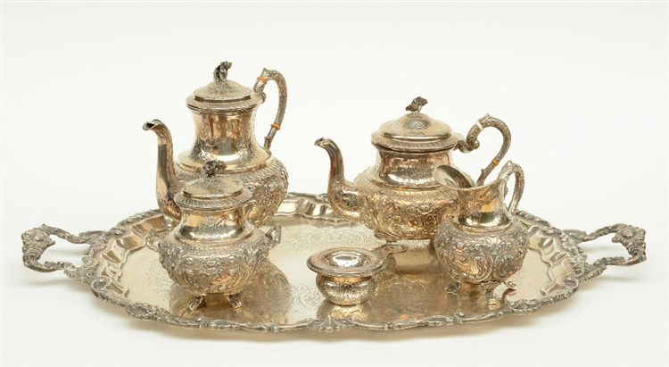 A five part silver coffee and teaset; 915/000, Spain, after 1935, added a d