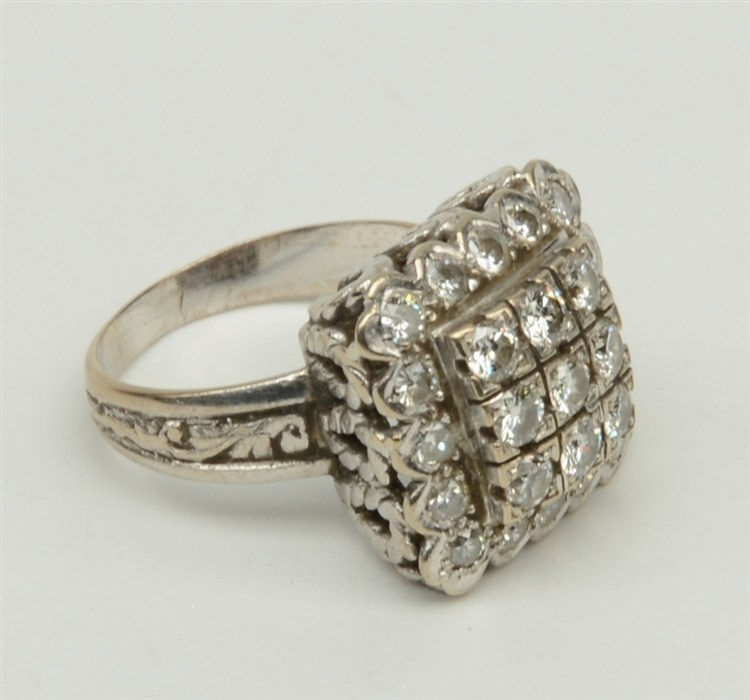 An 18ct gold ring, set with 25 brilliant cut diamonds