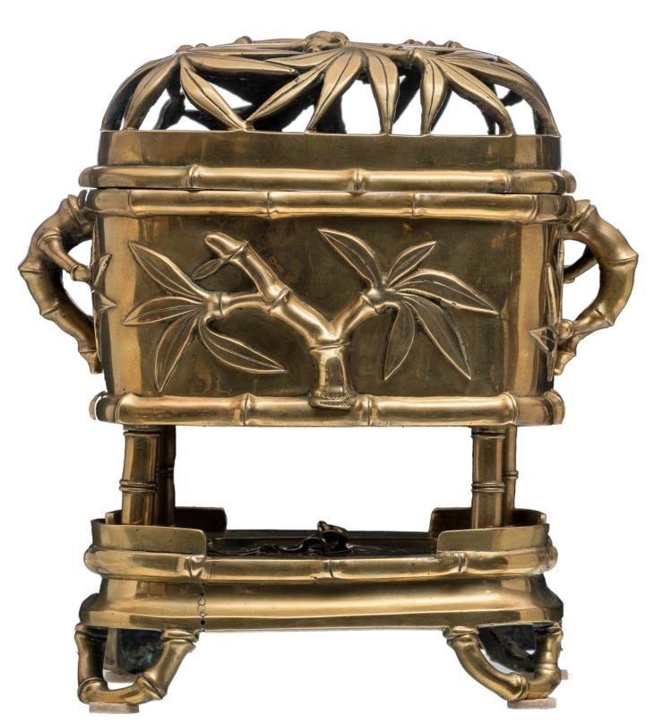 A Chinese bamboo relief and open work decorated bronze incense burner and cover on a stand, marked, Qing dynasty, H 30,5 - W 26,5 - D 19,5 cm