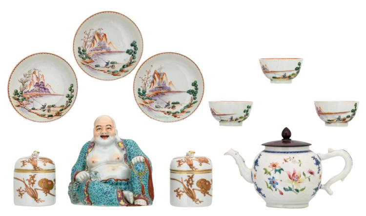 A various Chinese porcelain, included export porcelain, a teapot and two three-piece thermo boxes, some marked, 18th, 19th and 20thC; added a Chinese polychrome Budai, H 4 - 16 cm