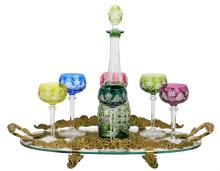 A Val-Saint-Lambert set of six crystal cut rummers, one carafe and an accompanying serving plate, H 10 - 41 cm