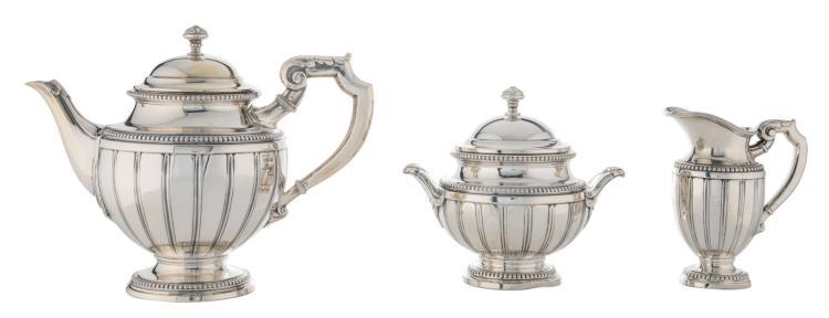 A three-piece silver coffee set, 800/000, marked Delheid, H 13,5 - 20 cm - Weight: about 1180g