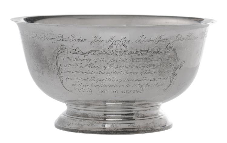 A sterling silver copy of the so-called 'The Sons of Liberty' bowl (1768, by Paul Revere), copy by Gorham - Fifth Avenue - NYC - NY, ø 29,7 cm - Weight: about 1460g