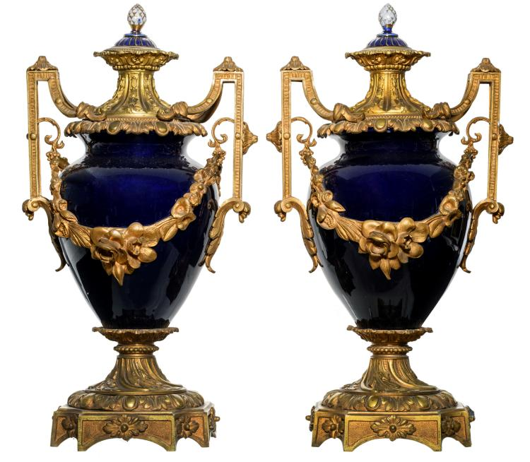 A pair of bleu royal gilt bronze mounted decorative vases in the Sèvres manner, H 53,5 cm