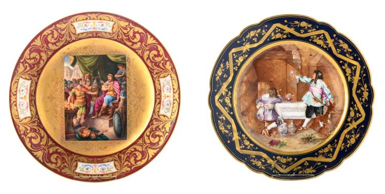 A decorative Vienna plate 'Mutius Scävola vor König Porsenna', signed 'Sibl'; added a decorative plate with a historicising scene signed 'F. Vinea', marked Sèvres, ø 24 - 24,5 cm