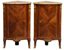 A pair of rosewood bronze mounted corner cupboards with a brèche d'Alep marble top, estampille N. Petit (1732-1791, active since 1761), H 88 - W 54 - D 37 cm