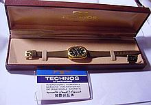 VINTAGE TECHNOS WATCH IN ORIGINAL BOX