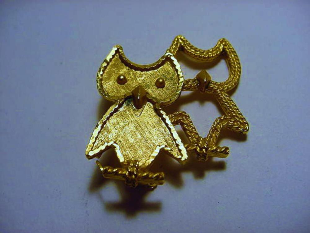 VINTAGE SIGNED MAMSELLE  OWL  PIN