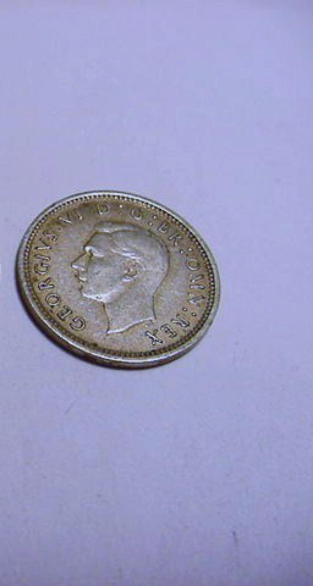 1943 GREAT BRITANY SILVER   3 PENCE