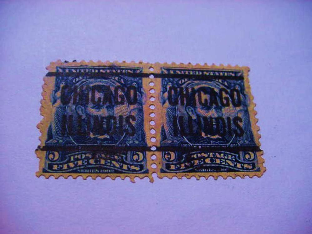 PAIR EARLY U.S. STAMPS