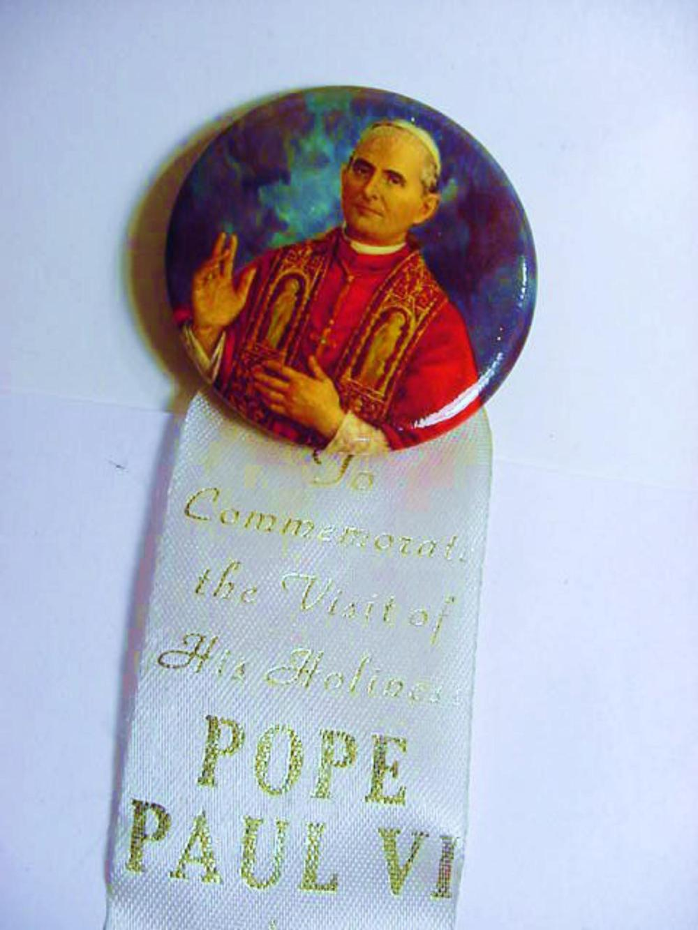 1965 POPE PAUL VI VISIT TO NEW YORK BUTTON
