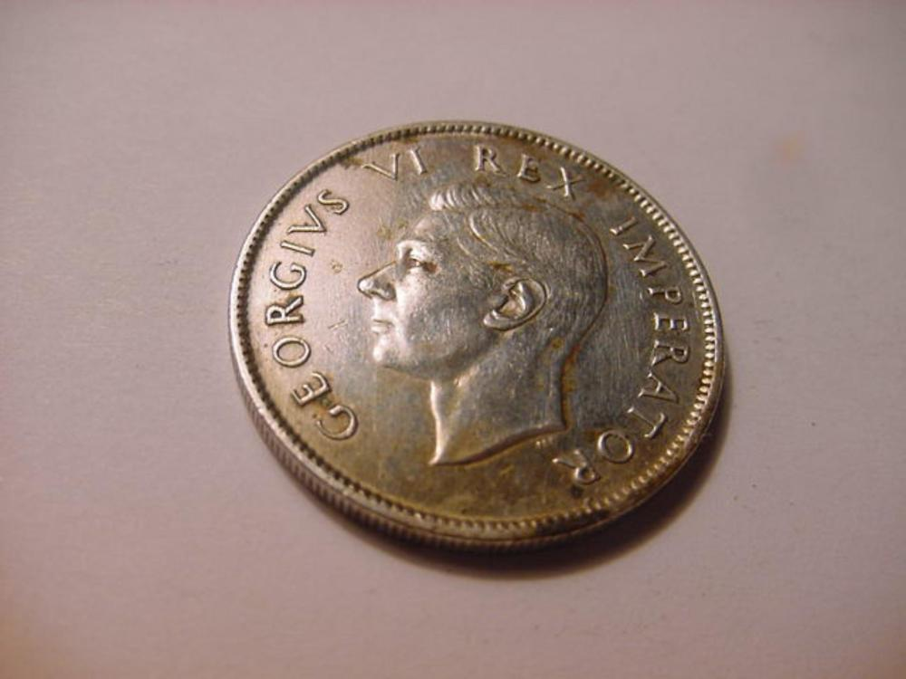 1942 SOUTH AFRICA 2 SHILLINGS