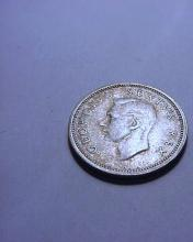 1948  SOUTH AFRICA SILVER  6 PENCE COIN
