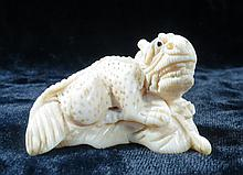 Old  Ivory Netsuke Dragon H-1.5