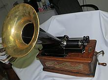 Edison Cylinder Phonograph, orig. horn and case