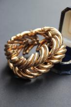 Bracelet en or jaune 14K compose d' importantes mailles