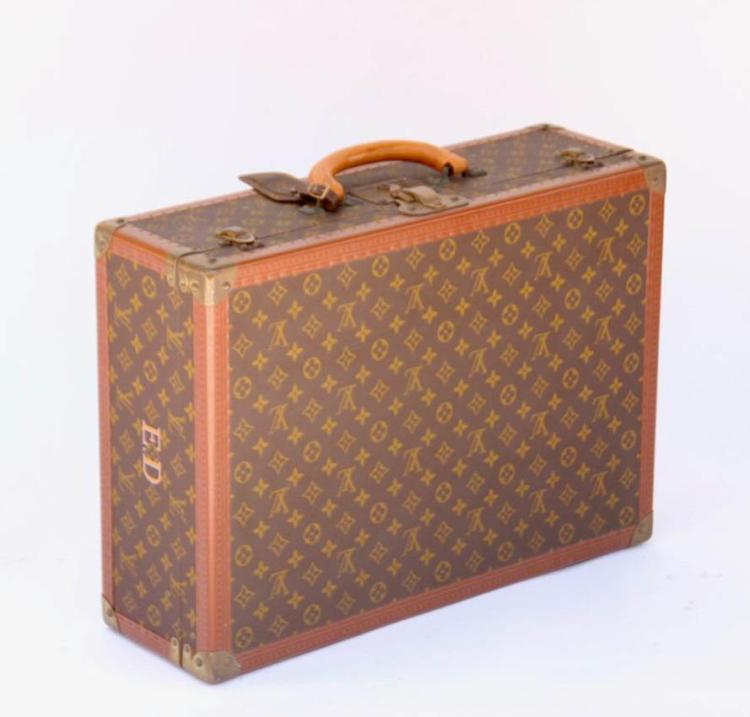 LOUIS VUITTON Valise Alzer rigide gainée de toile enduite monogrammée et de cuir naturel