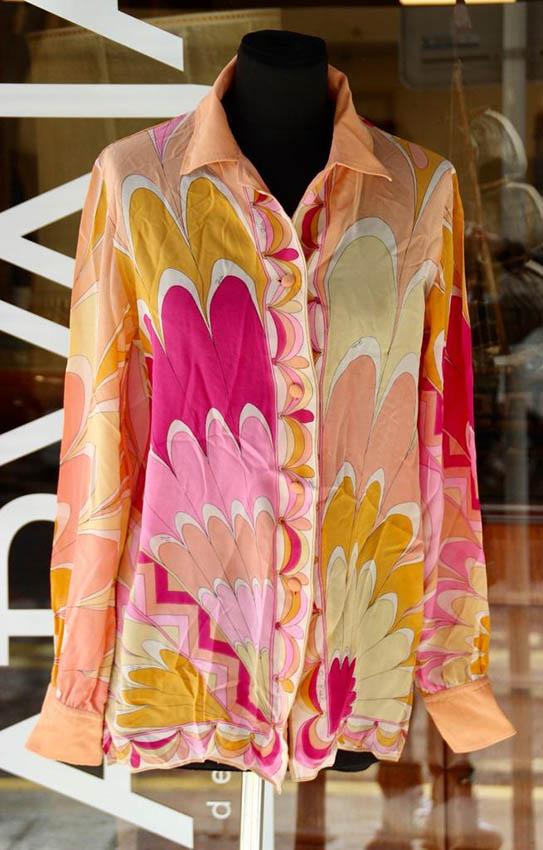 Emilio PUCCI Chemisier en soie à motif de fleurs orange et rose
