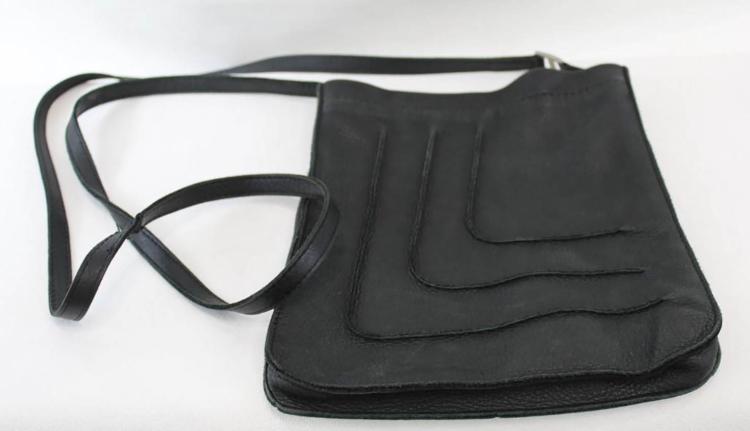 HERMES Sac modèle « Toudou » en cuir