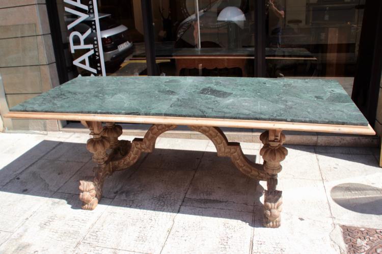 Importante table de salle manger pi tement en ch ne scul - Table salle a manger chene ...