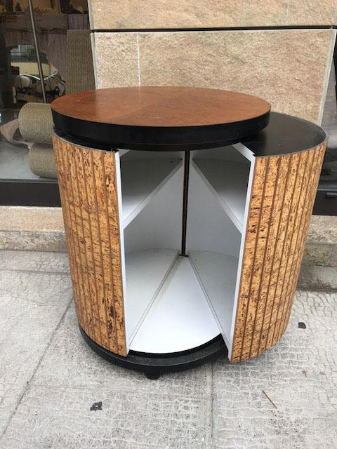 Travail des ann es 1970 meuble bar circulaire en placage de for Meuble aubaine mascouche circulaire