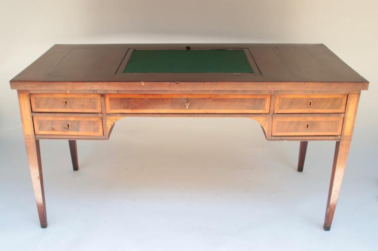 Bureau plat en bois de placage ouvrant par quatre tiroirs en - Compartiment rangement tiroir ...