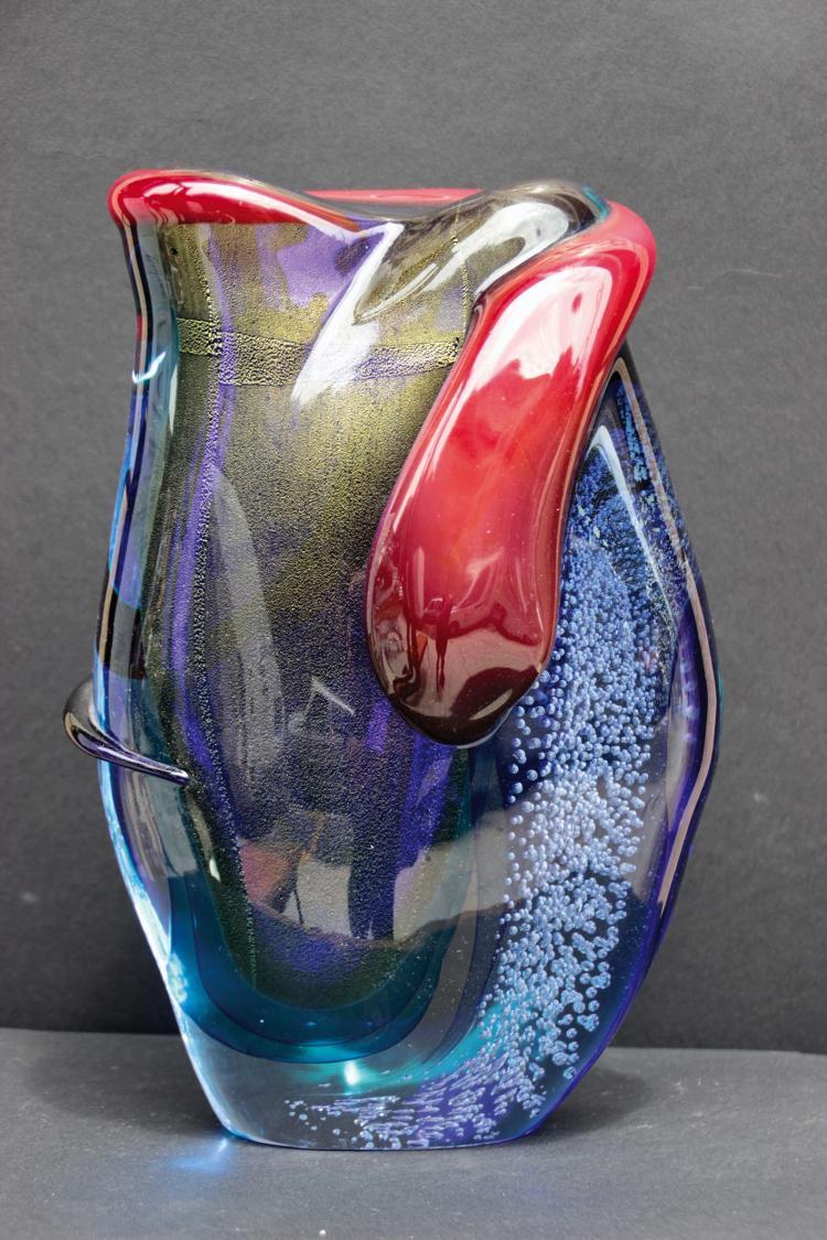 Murano vase en verre bleu et rouge for Decoration vase en verre