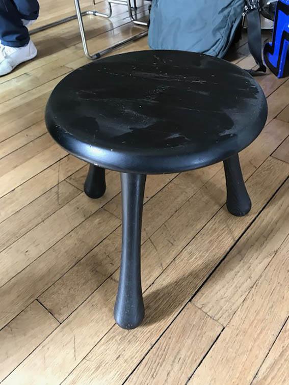 ingvar kamprad 1926 pour habitat tabouret en bois noirci. Black Bedroom Furniture Sets. Home Design Ideas