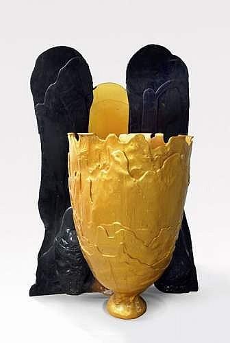 Gaetano PESCE (1939) - ed. Fish Design vers 2005  Rare vase monumental en résine molle deux tons or et noir de forme arrondie modèle XXXL. Pièce unique. Signé. (certificat d'authenticité fourni à l'acquéreur)