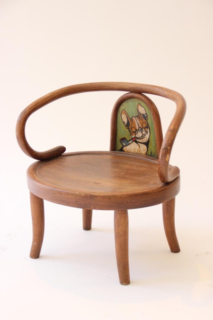 Benjamin RABIER (1869-1939)  Fauteuil pour enfant en bois courbé à décor peint et signé B.R