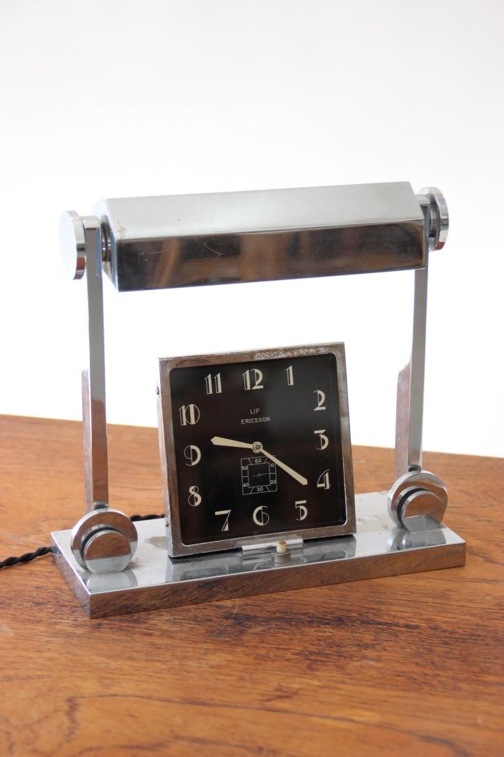 LIP ERICSSON - vers 1930 Lampe horloge en métal chromé