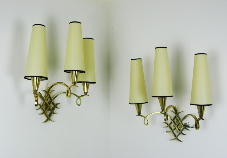 Jules LELEU (1883-1961) - vers 1940 Paire d'appliques à 3 bras en bronze doré