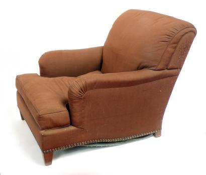 Jean-Michel FRANK (1895-1941), vers 1935  Large bergère à dossier légèrement incliné et à assise profonde garni d'un coussin.