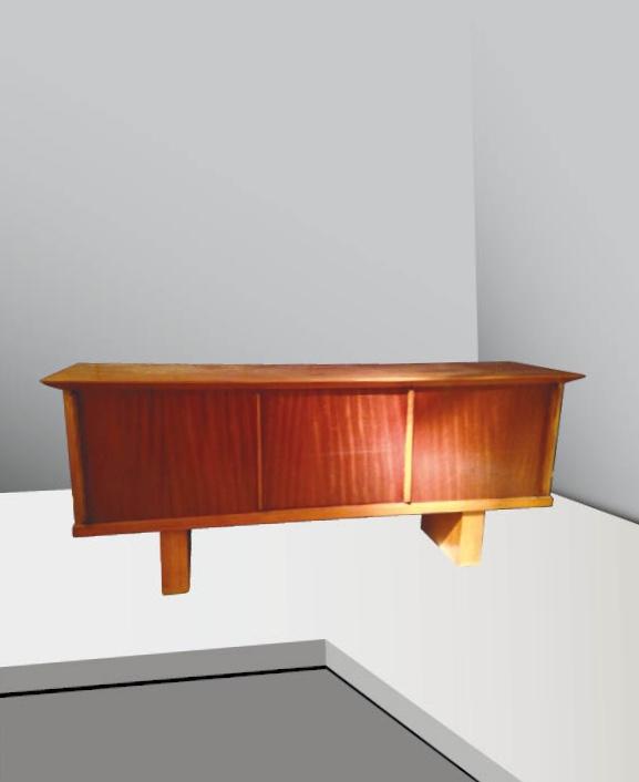 Travail français - vers 1955  Enfilade en frêne teinté à 3 portes coulissantes sur double piètement de sections rectangulaires