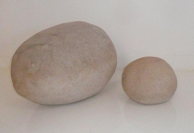 André CAZENAVE (1928-2003) Suite de deux rochers lumineux en résine