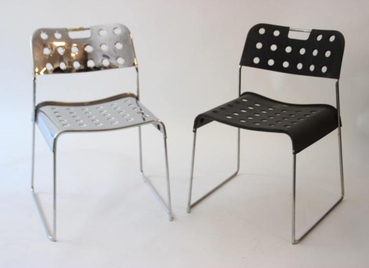 Rodney KINSMAN (1943) POUR BIEFFEPLAST   Ensemble de deux chaises modèle