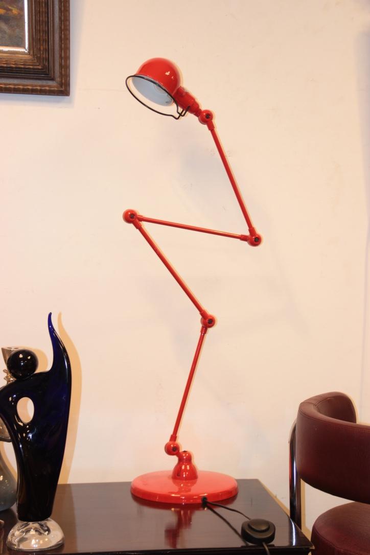 JIELDE  Lampadaire articulé en métal laqué rouge