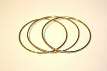 Série de 3 bracelets joncs en or jaune P: 17g