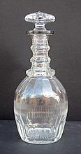 Carafe en cristal taille avec bouchon et bague en argent