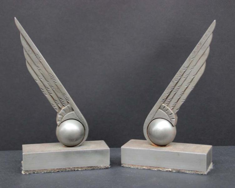 edgar brandt 1880 1960 paire de serre livres en acier viei. Black Bedroom Furniture Sets. Home Design Ideas