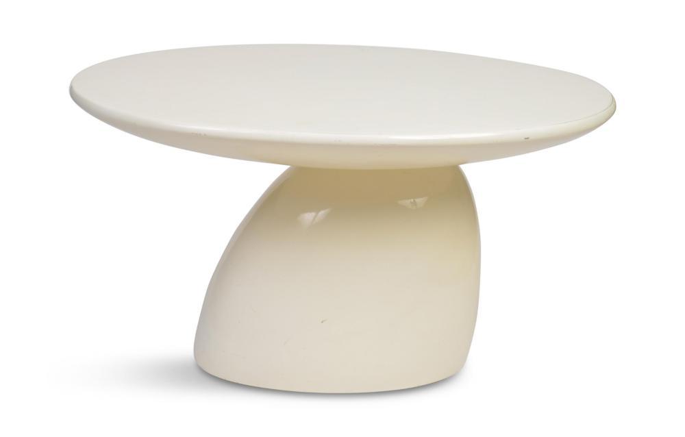 """Eero Aarnio """"Parabel"""" Fiberglass Table"""