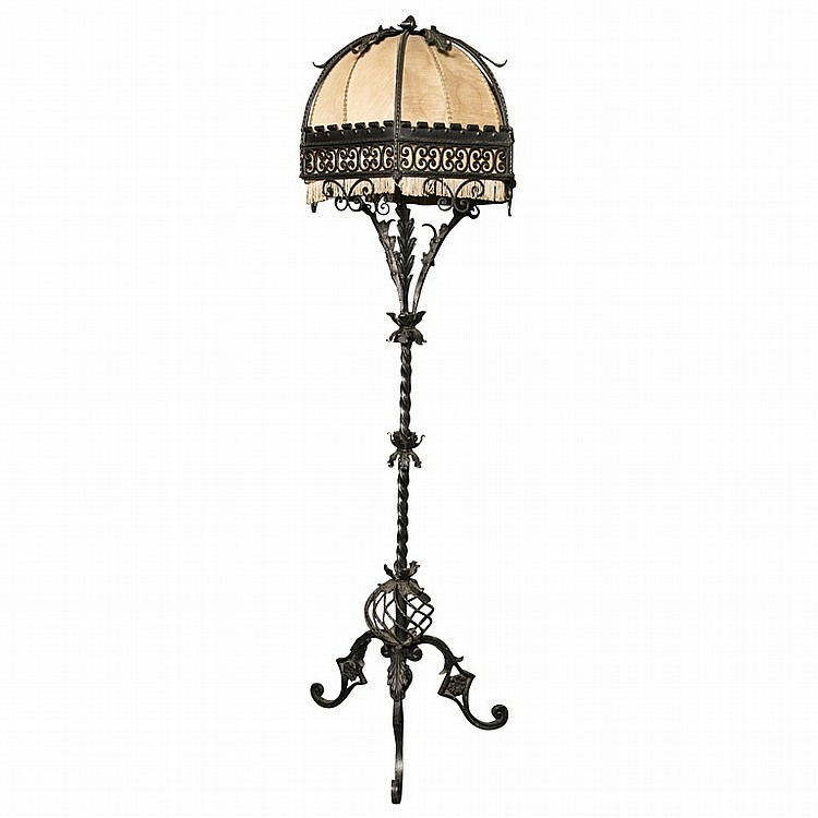 wrought iron floor lamp h 77 39 d 20 39. Black Bedroom Furniture Sets. Home Design Ideas