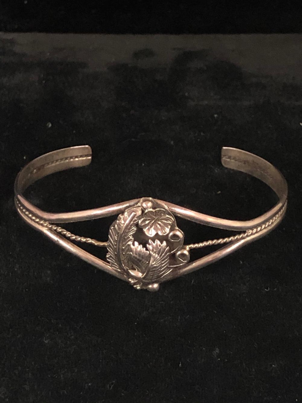 Eagle & feather design sterling silver cuff bracelet