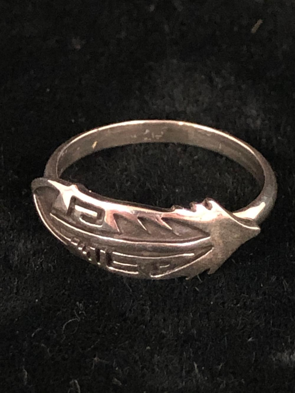 Stylized feather sterling silver ring