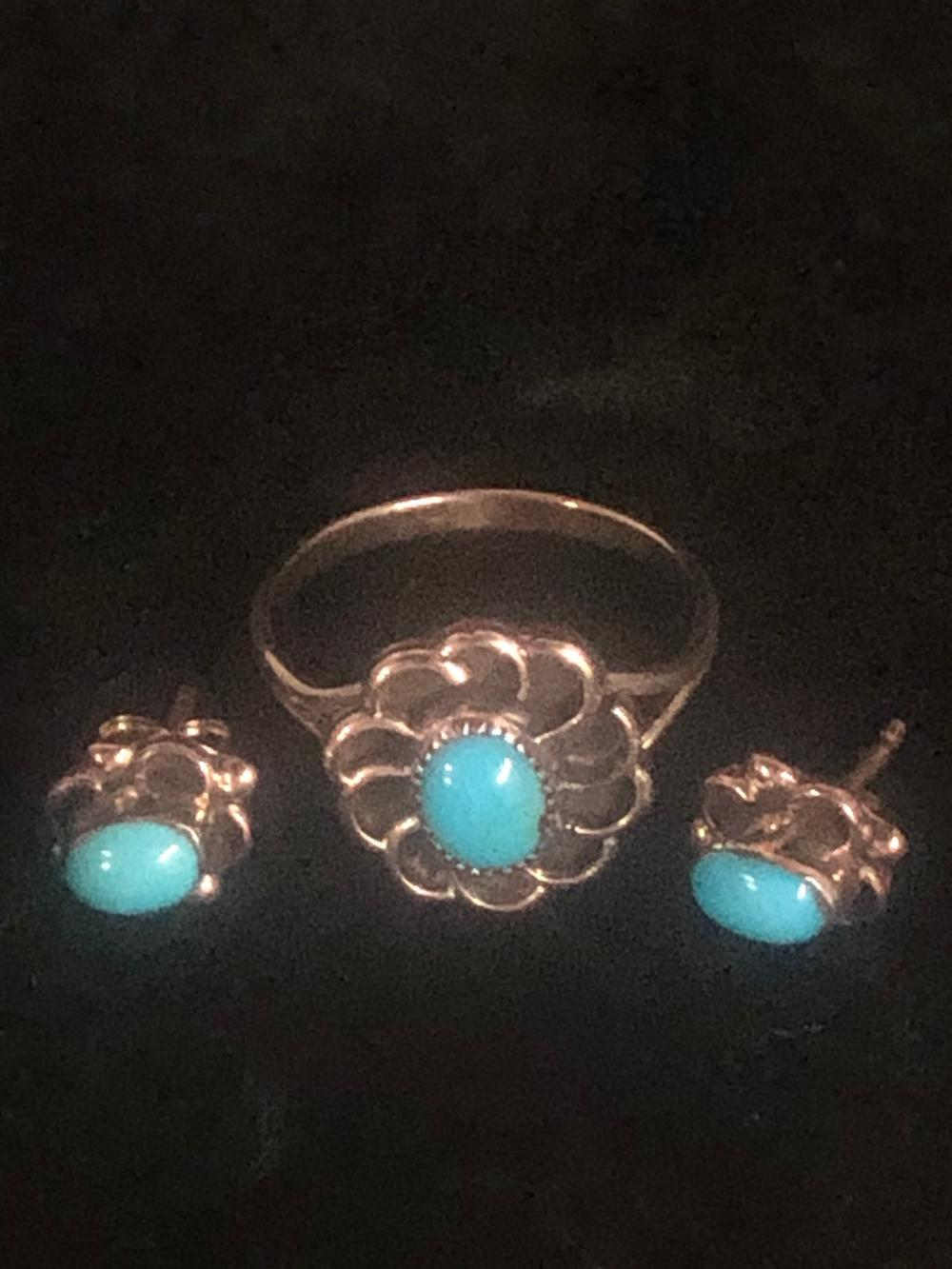 Turquoise ring and earring 'set'