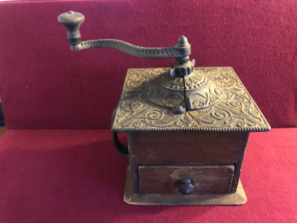 Antique Landers, Frary & Clark coffee grinder