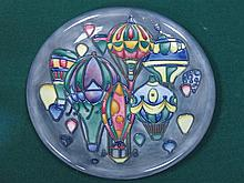MOORCROFT 'BALLOONS' CERAMIC PLATE, DIAMETER APPROXIMATELY 26cm