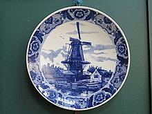 DELFT BLUE AND WHITE CERAMIC CHARGER, DIAMETER APP